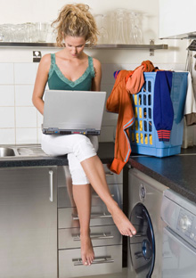 20100423-multitask-woman-220x312